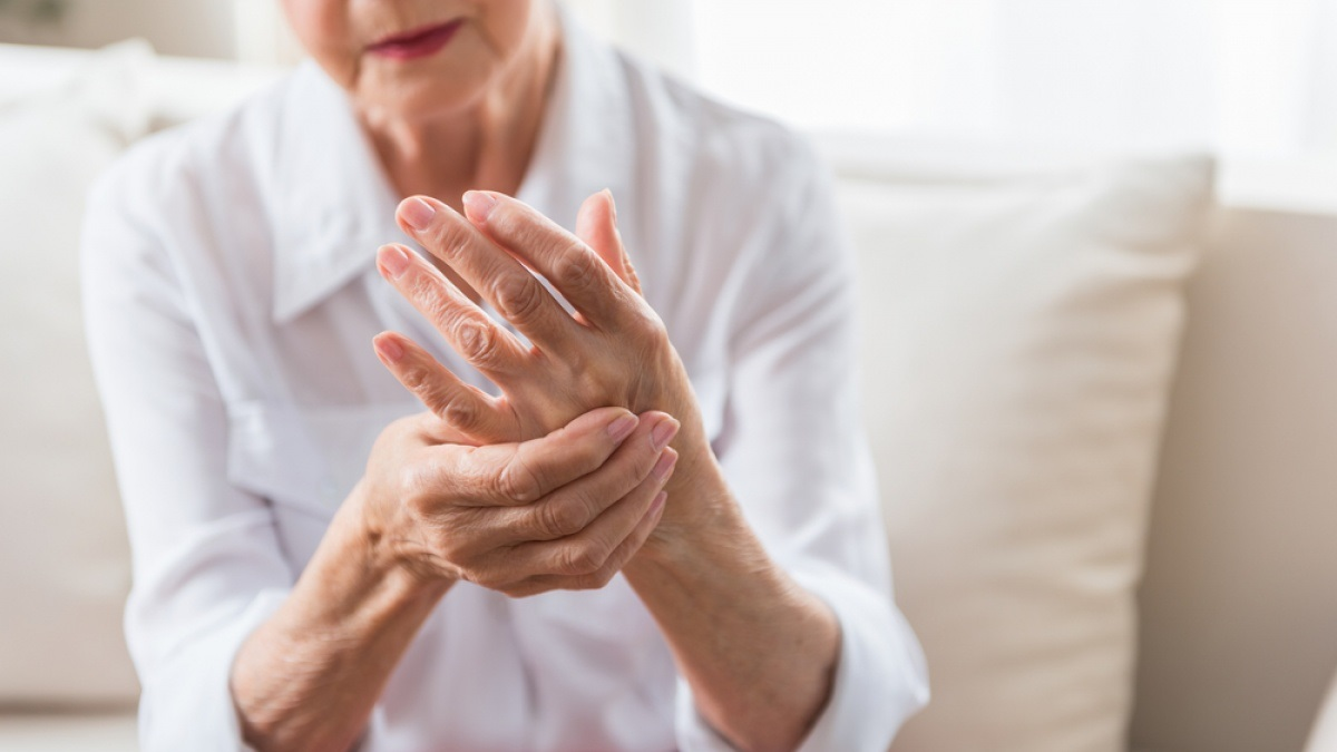 4 Signs and signs and signs and symptoms You May Be Battling Getting a Fracture