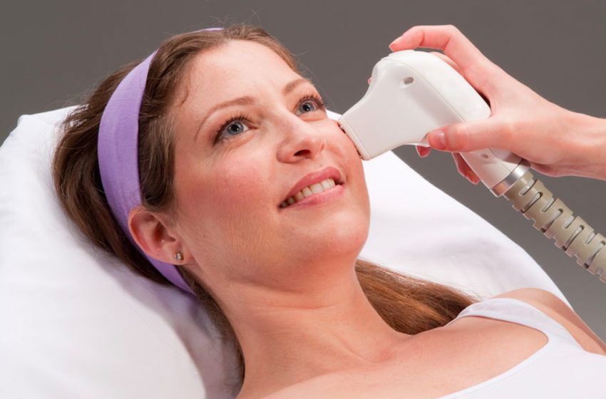What is skin tightening laser treatment?