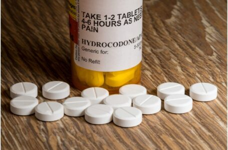 Are You Aware of Hydrocodone Addiction Signs?